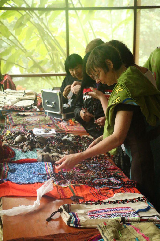 Shipibo market